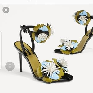 NWT Zara Basic size 6 black flower heels